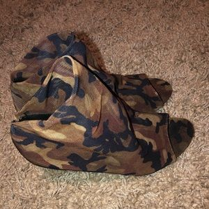 Forever 21 Camo Mesh Booties